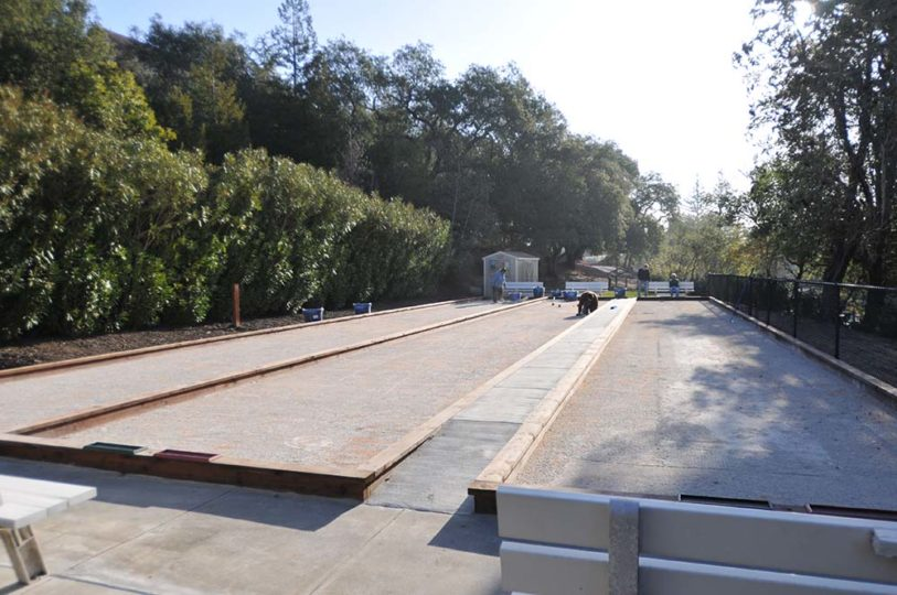 Oakmont Pacific Pearl Oyster Blend Layer leveling